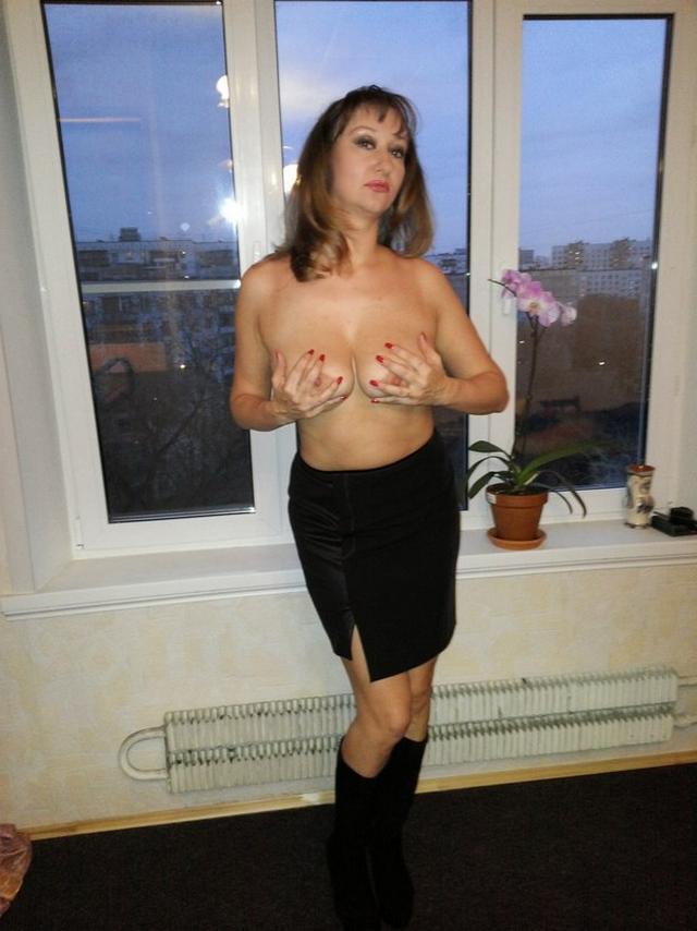 Частные снимки одной 40-летней жаркой женщины - секс порно фото