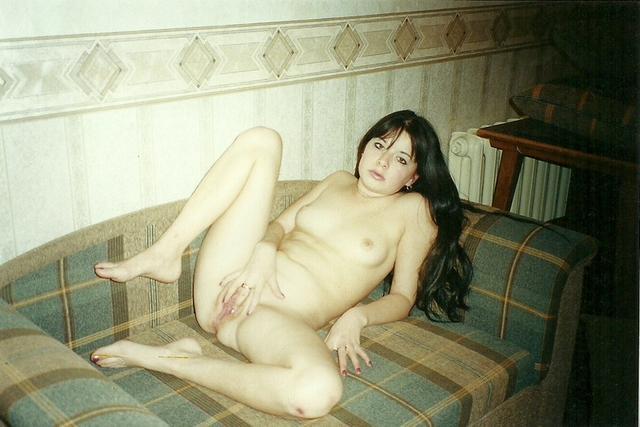 Мужья и жены занимаются сексом на камеры - секс порно фото