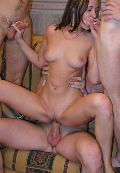 Сборка групповухи с прекрасными студентками - секс порно фото