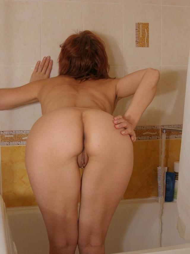 Минет и демонстрация задних щелочек на камеру - секс порно фото