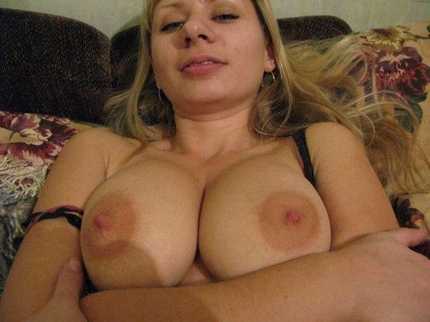 Блондинка желает анального секса в любое время - секс порно фото