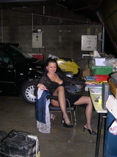 Нелегкая жизнь 25-летней наглой телочки - секс порно фото