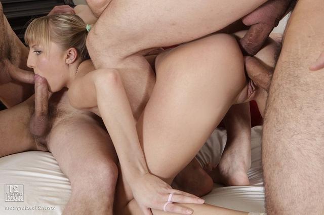 Подборка двойных проникновений - секс порно фото
