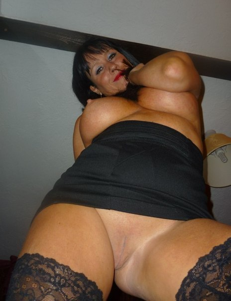 Женщины в чулках и без них не откажутся горячо потрахаться - секс порно фото