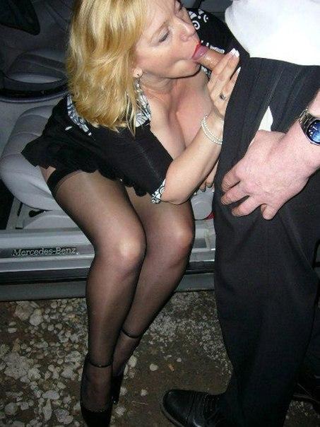 Грудастые богини разврата сосут члены и позируют - секс порно фото